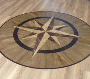 Amtico Spacia Star Emblem in Honey Oak