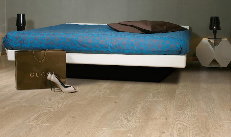 Laminate flooring basingstoke_magnitude-542-refined-oak